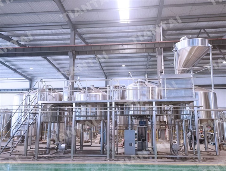 <b>3000L 4 Vessel Brewhouse With PLC Control</b>