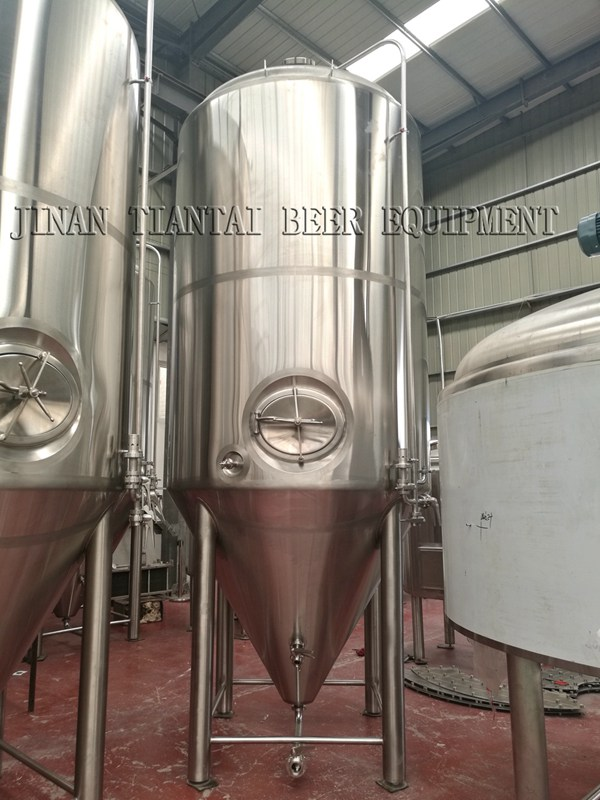 <b>7000L Commercial Beer Fermenters</b>