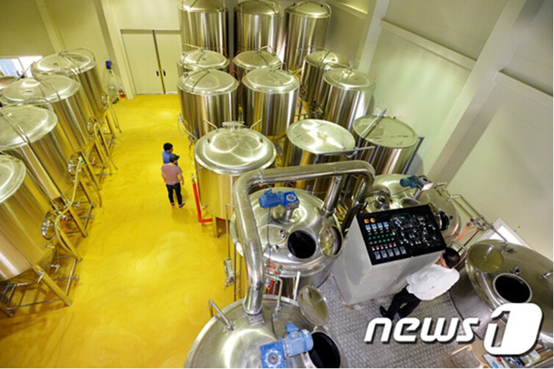 <b> 25BBL Hotel Craft Beer Brewing Equipment</b>
