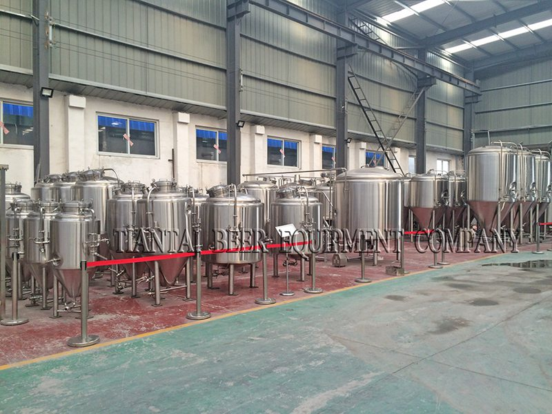 <b>2 bbl Brewpub Craft Brewing Equipment</b>