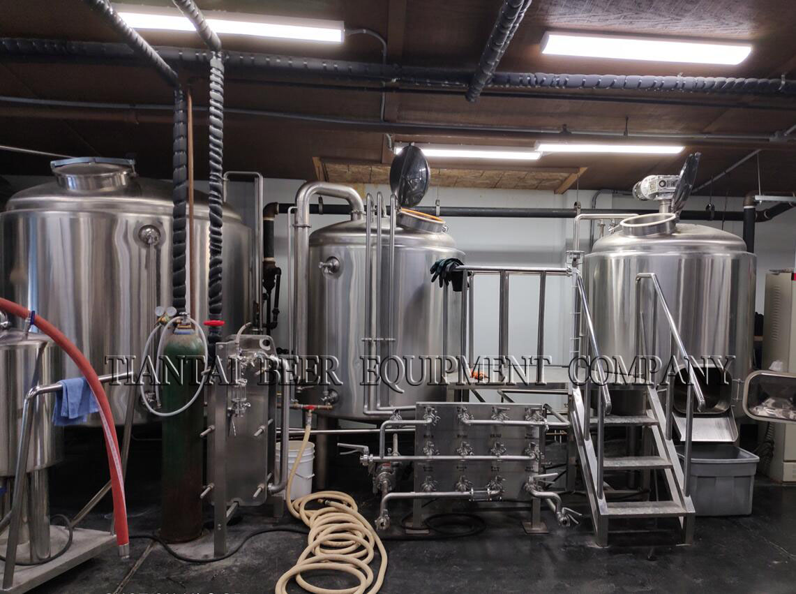 <b>10BBL beer system brewing in USA</b>