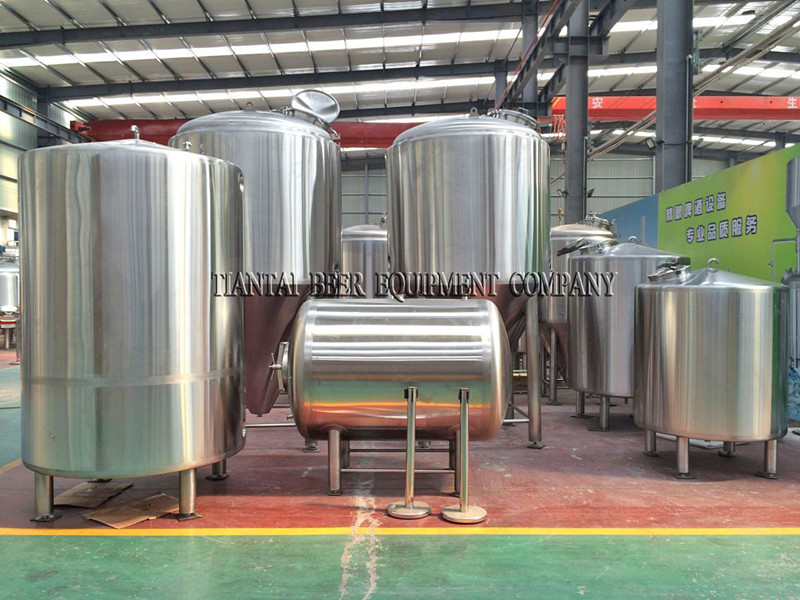 <b>500L horizontal type brite beer tank</b>