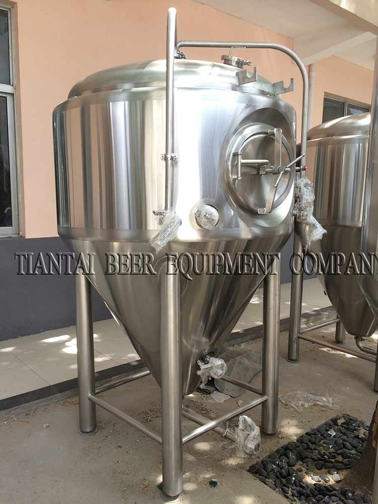 <b>1000L beer brewing systems and fermentation tank</b>