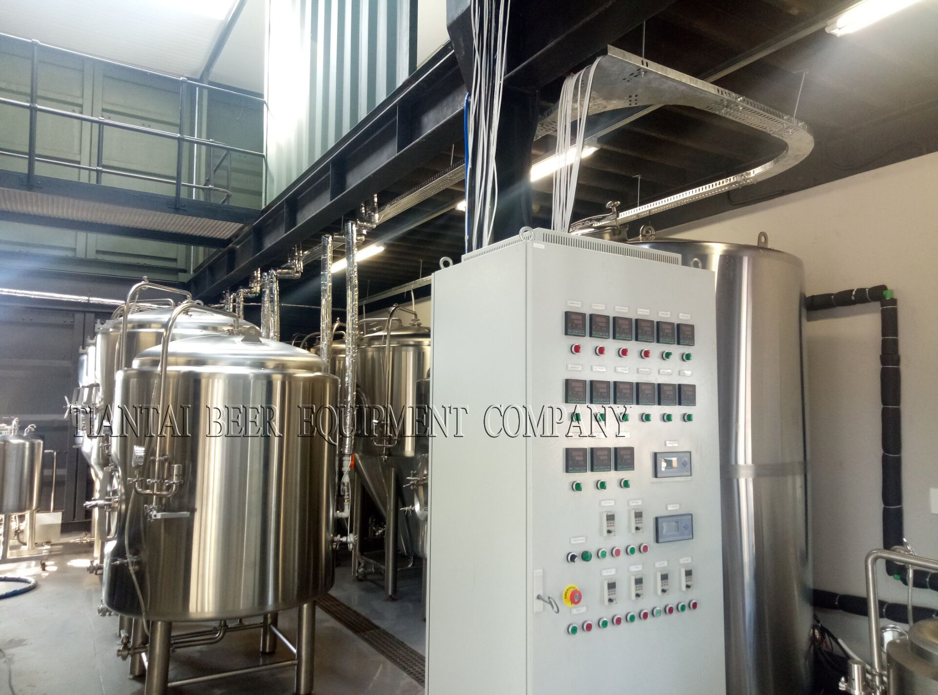 <b>South Africa 1000L brewery system</b>