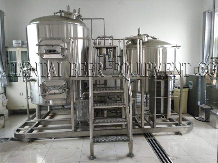 <b>1000lts Combined three vessel brewhouse</b>