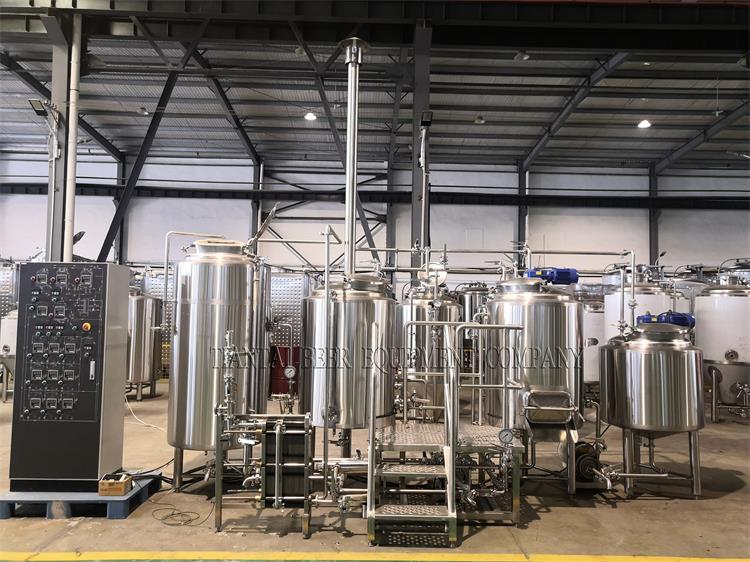<b>Small brewery system 300L brewhouse in Belgium</b>